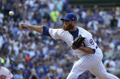 Cubs place closer Kimbrel on IL with right knee inflammation
