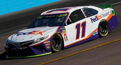 Hamlin races way into championship field with Phoenix win