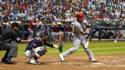Molina 2 HRs, Cardinals top Brewers 6-3 for 6th straight win