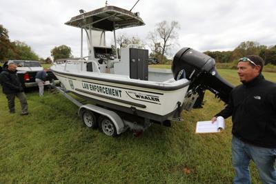 Surplus auction boat