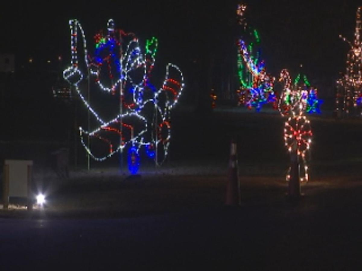 Free Christmas Lights.Free Annual Light Display To Feed The Hungry Christmas In