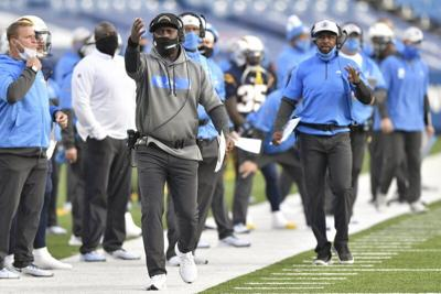 Chargers fire head coach Anthony Lynn after 4 seasons