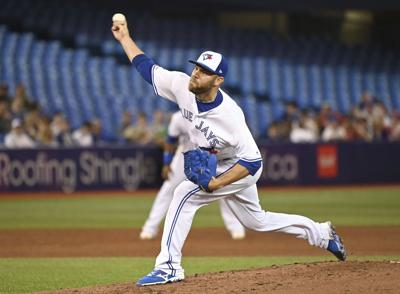 David Phelps acquired by Cubs in deal with Blue Jays