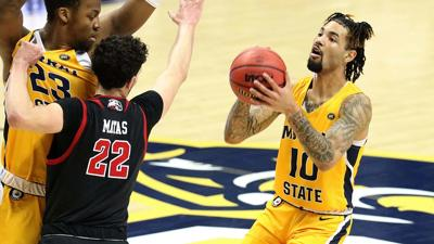Murray State routs SIUE 89-62