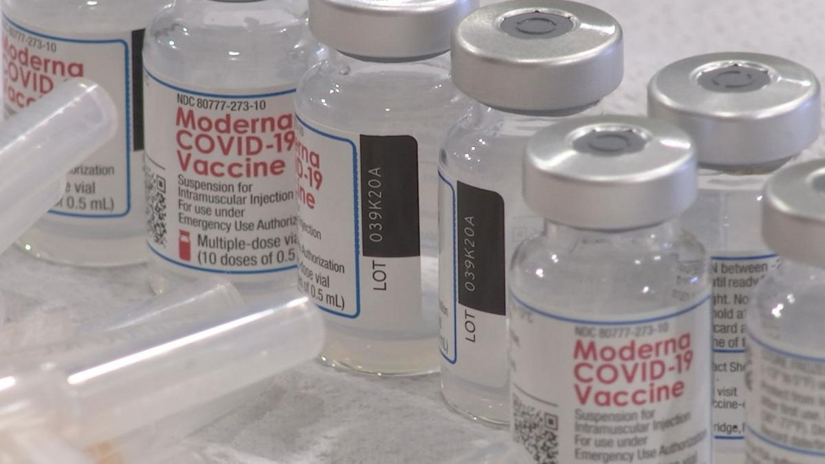 moderna vaccine vials.jpg