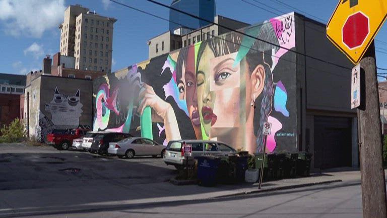Rude Trump mural Lexington 1