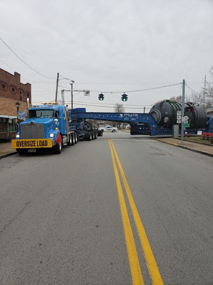 superload making it way through west kentucky on its way to mississippi news wpsd local 6 west kentucky on its way to mississippi