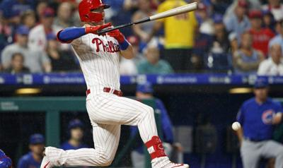 J.T. Realmuto powers Phillies past Cubs 4-2