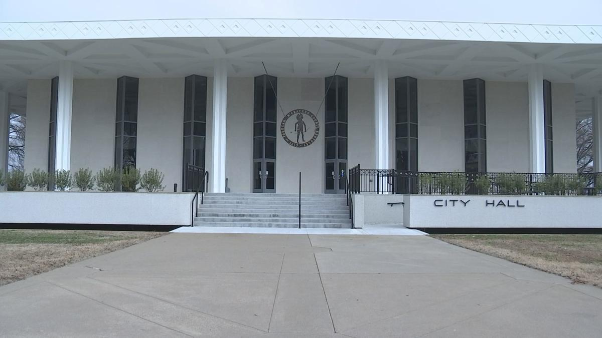 paducah city hall.jpg