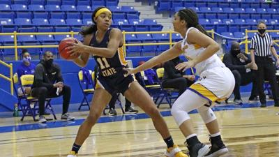 Racers pick up big win at Morehead State 70-54