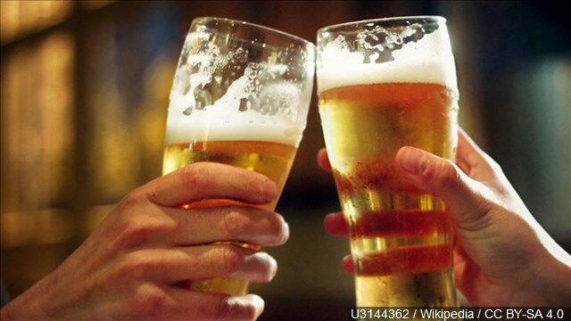 glasses of beer alcohol drinking mgn