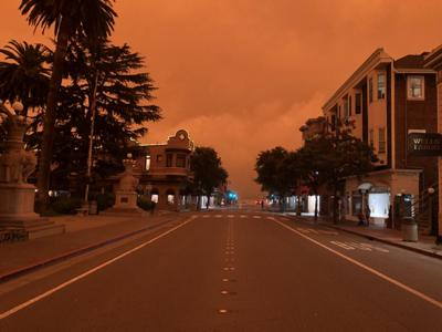 "Horrible western wildfires: ""It looks like Mars, or a scary movie"""