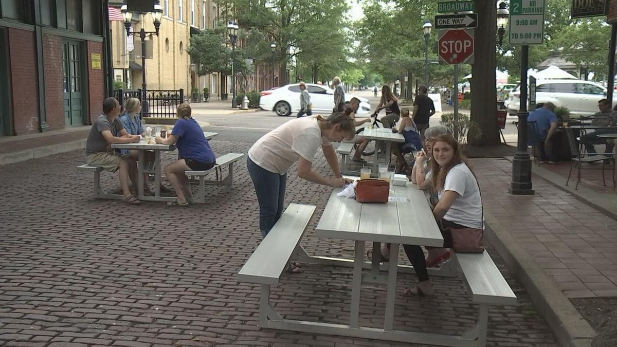 MARKET STREET DINING 2.jpg
