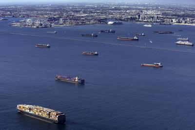 Biden discusses supply chain crisis with US ports and carriers