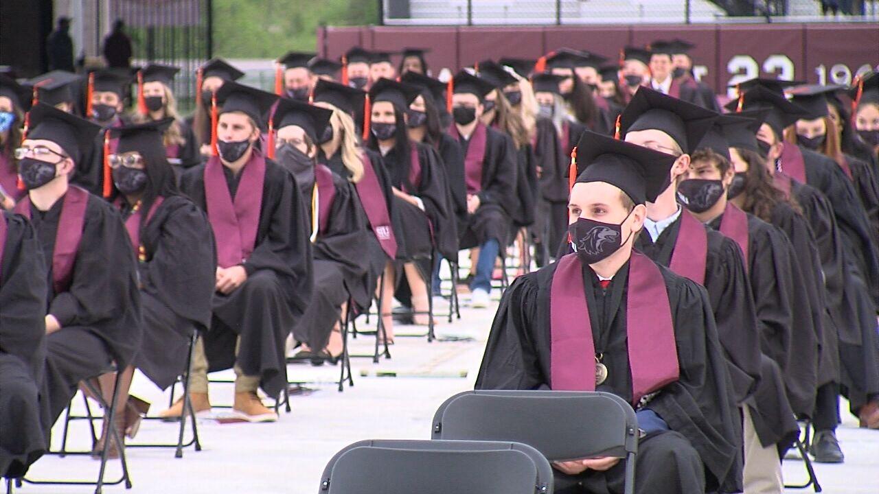 2021 siu graduation pic