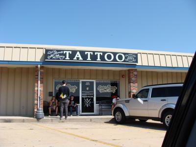 Outer Beauty Tattoo and Piercing