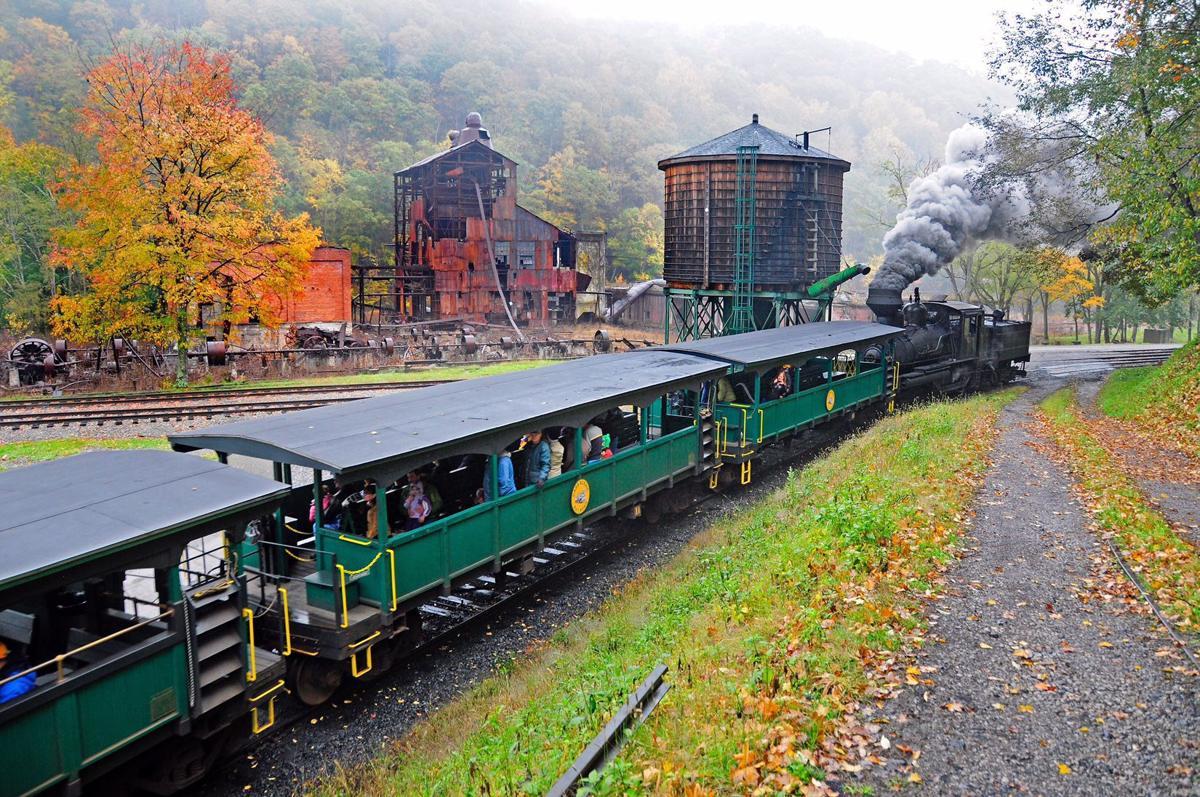 C Scenic Railroad Penger Cars