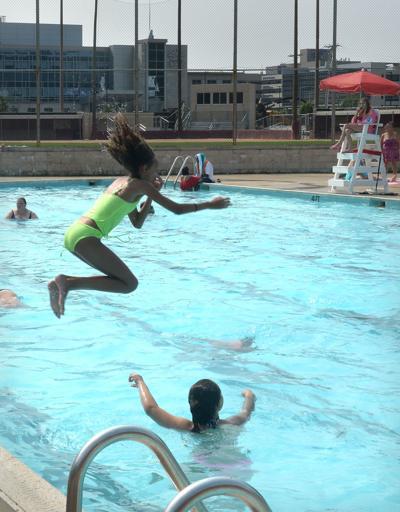 kc pool swimming