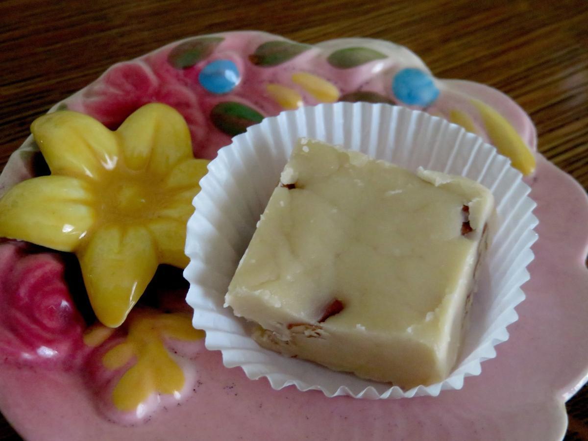 20191201-gm-culinary-Butter pecan fudge.JPG