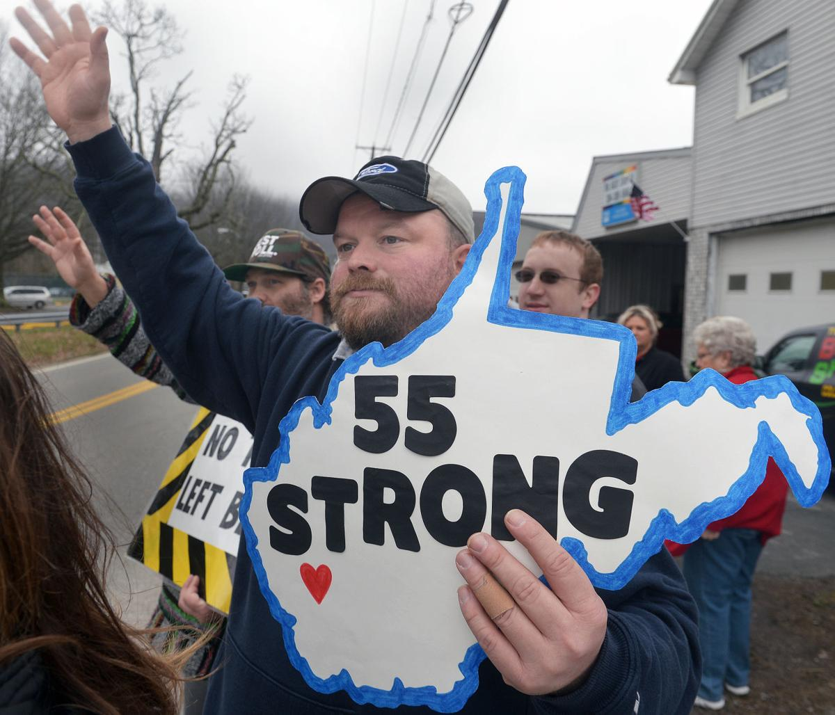 Boone County school employees rally