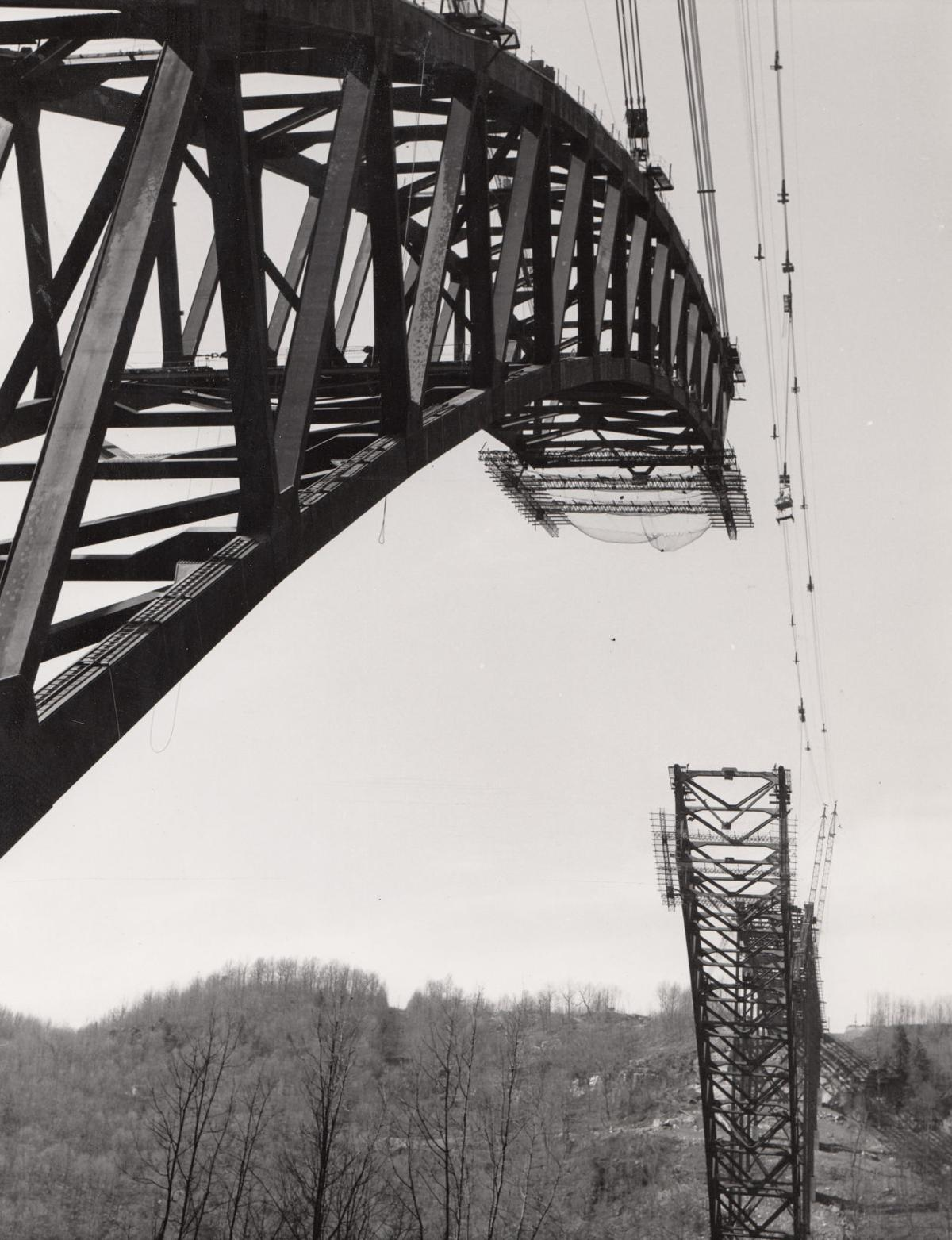 Vintage West Virginia: New River Gorge Bridge construction