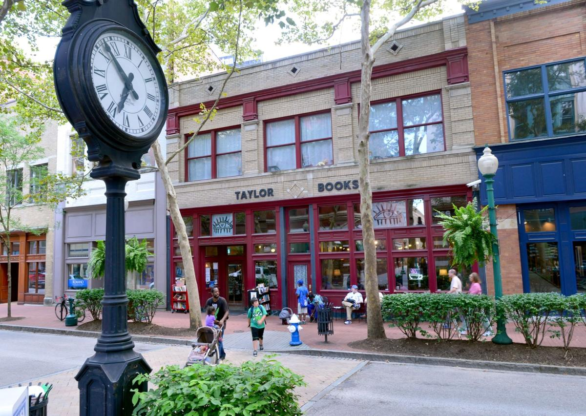 Taylor Books to celebrate 20 years on Capitol Street
