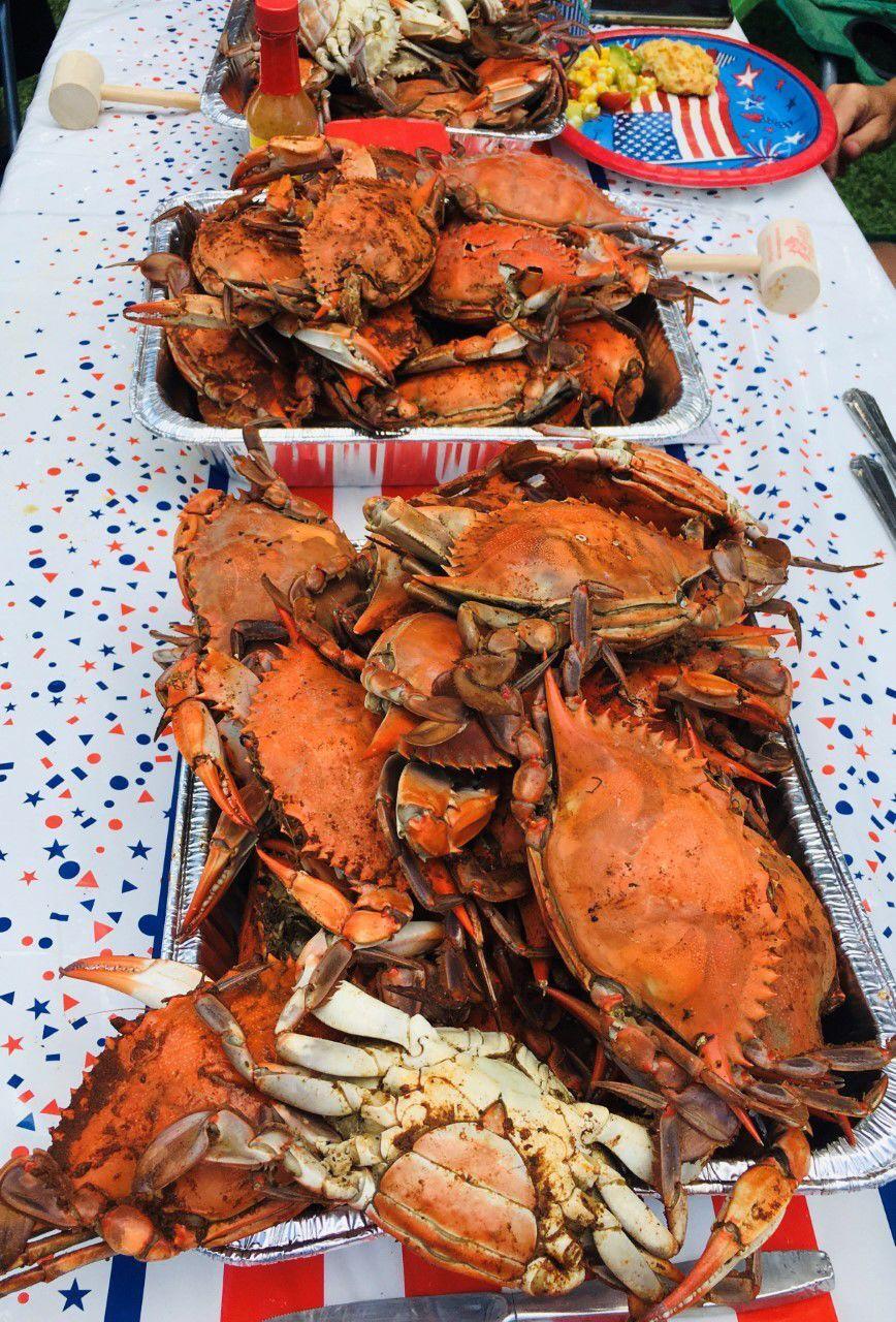 20210707-gm-foodguy_Crab feast.jpg