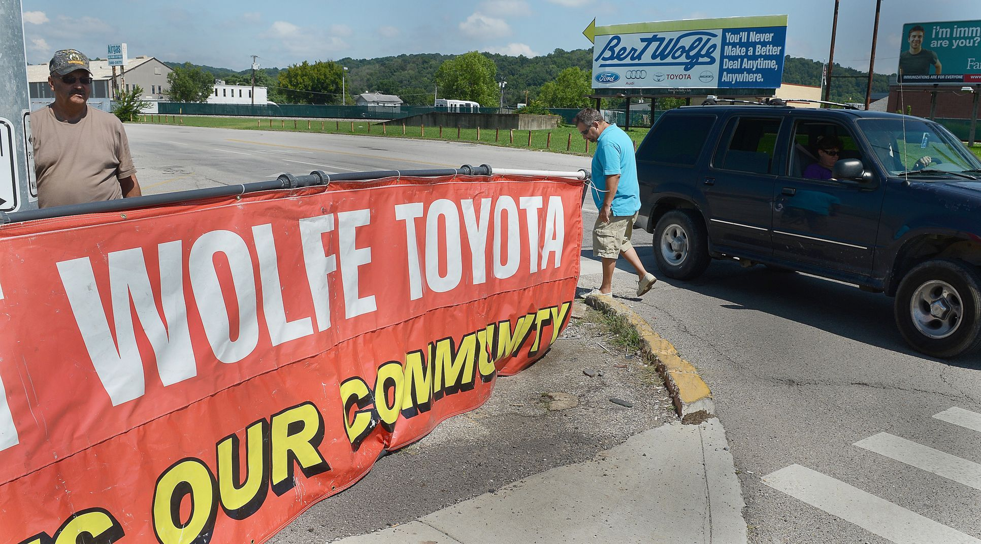 Union At Odds With Car Dealer; Contractor Disputes Claims