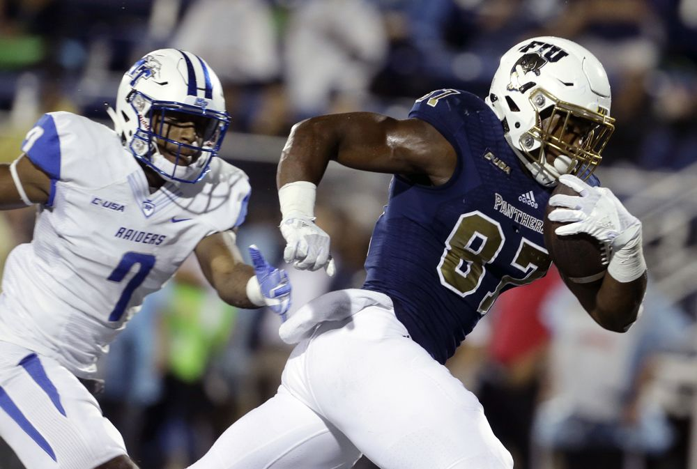 pretty nice 2044b 4d686 FIU football owns short, strange history | Sports ...