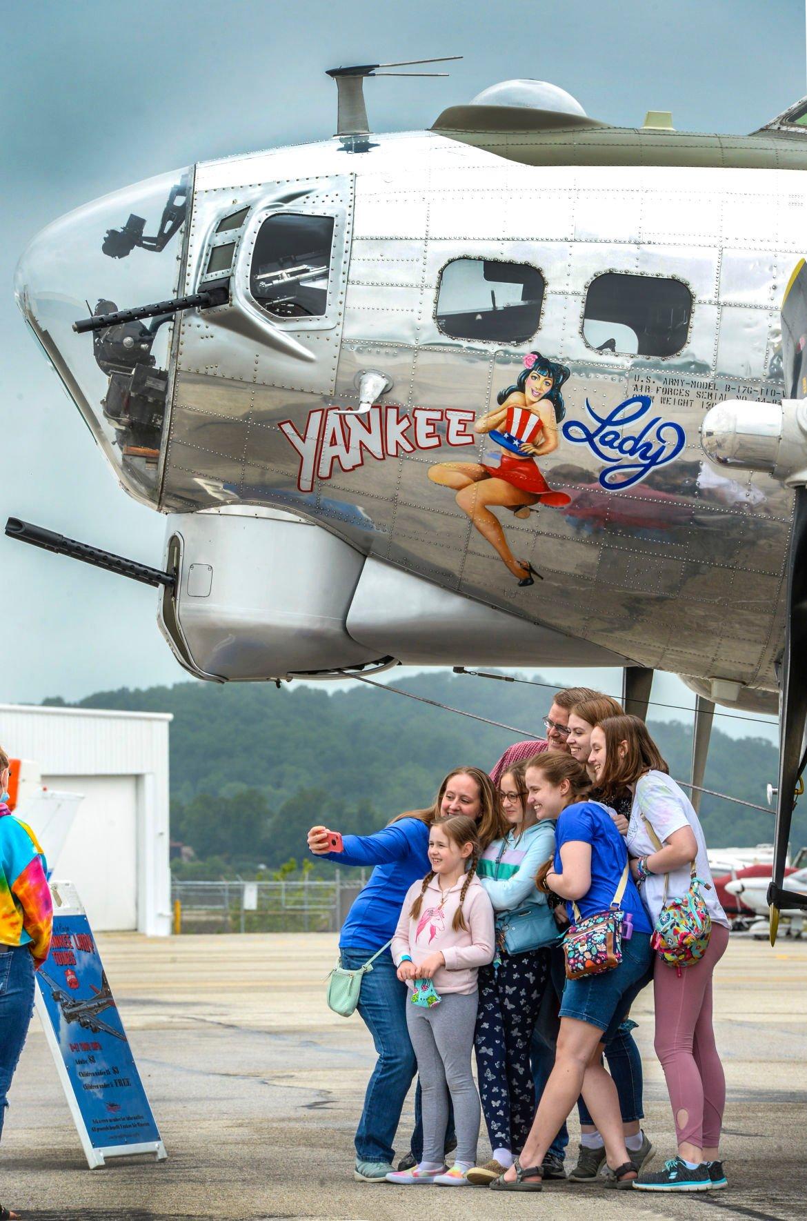 B-17 THE YANKEE LADY