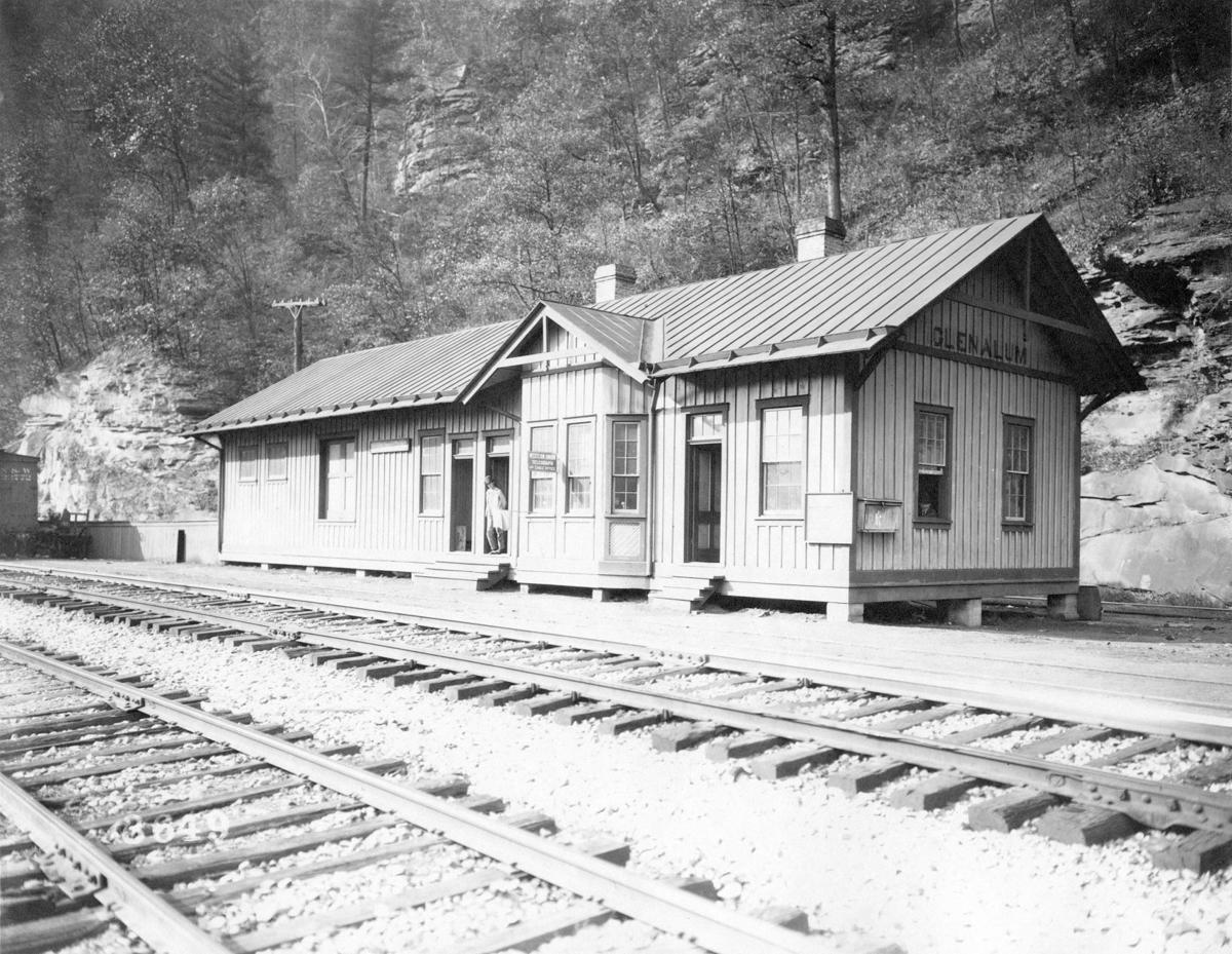 Glen Alum Station