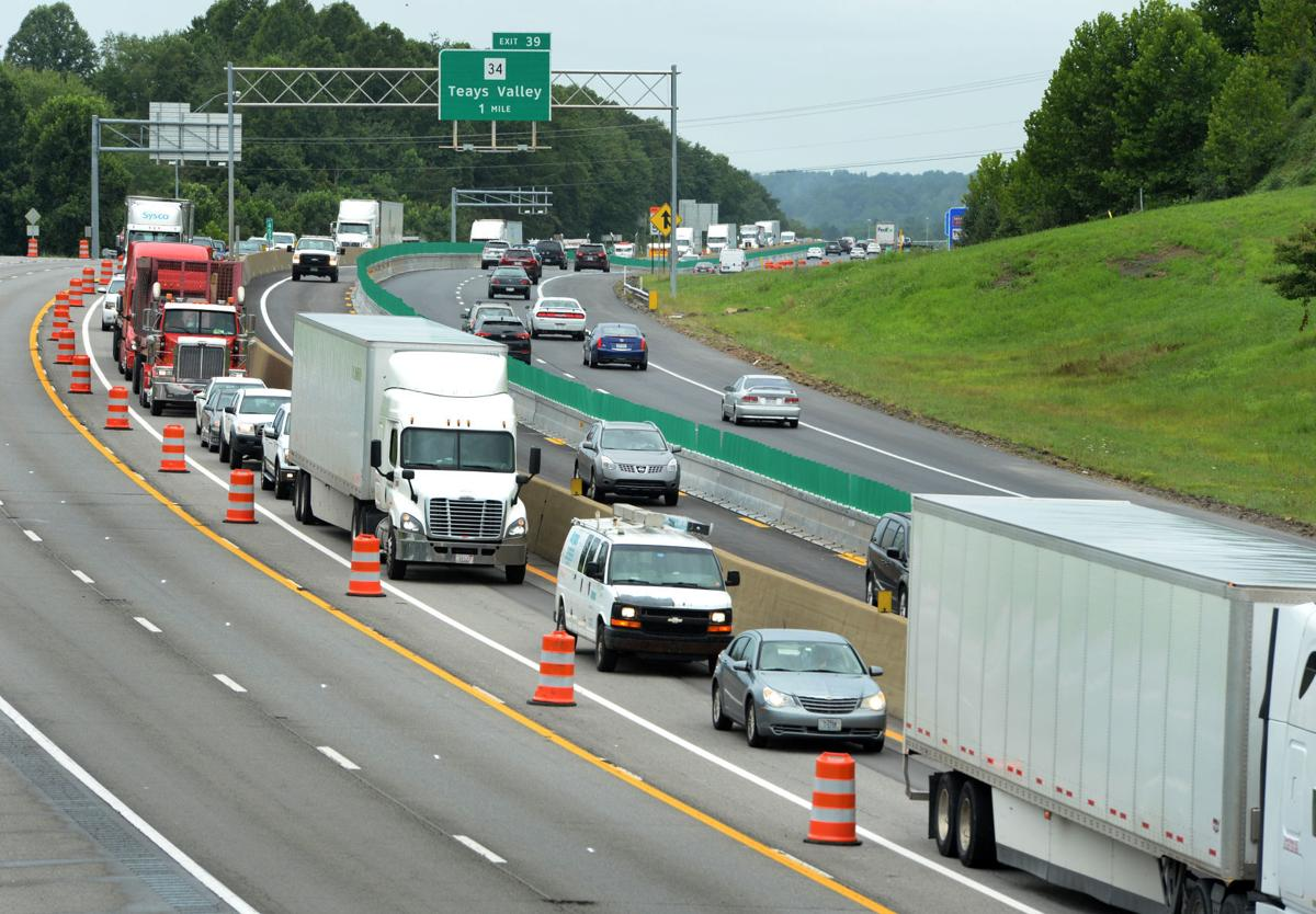 Contraflow switch on I-64 causing traffic headaches | Putnam County