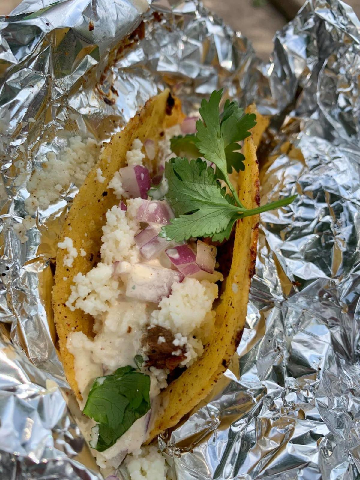 20200916-gm-food-guy-Carne Asada Taco from Joey's Rockin' Dogs and Tacos - credit BRANDON MOUSER.jpg