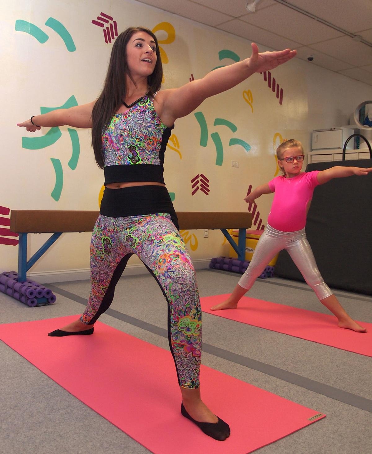 Yoga Holley2