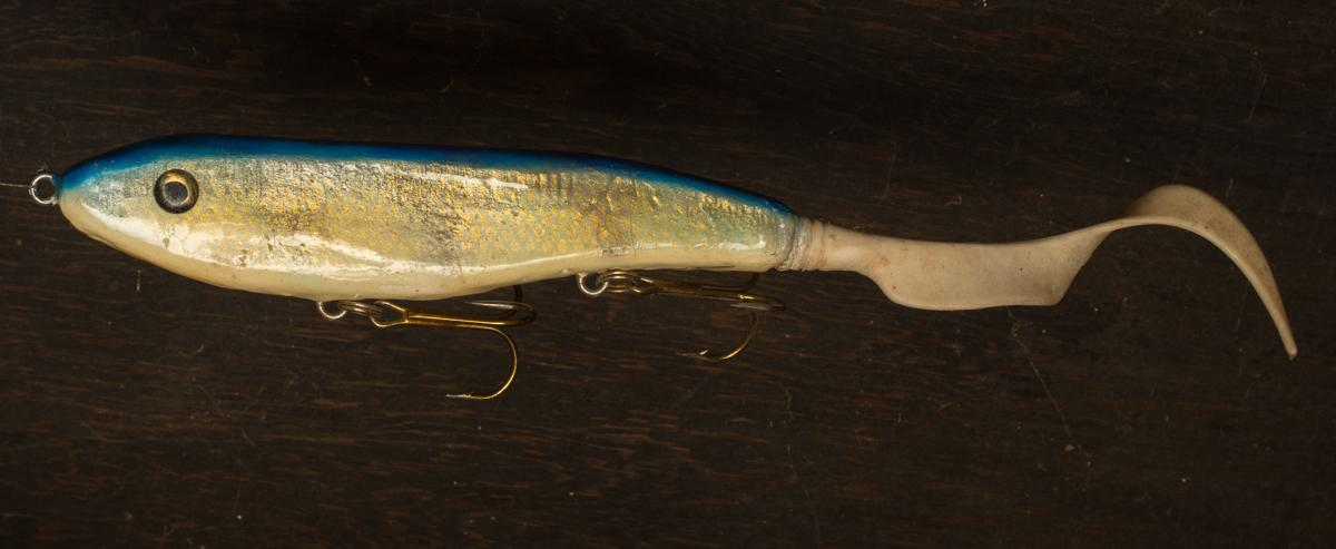 Artistic paint schemes transform muskie lures into