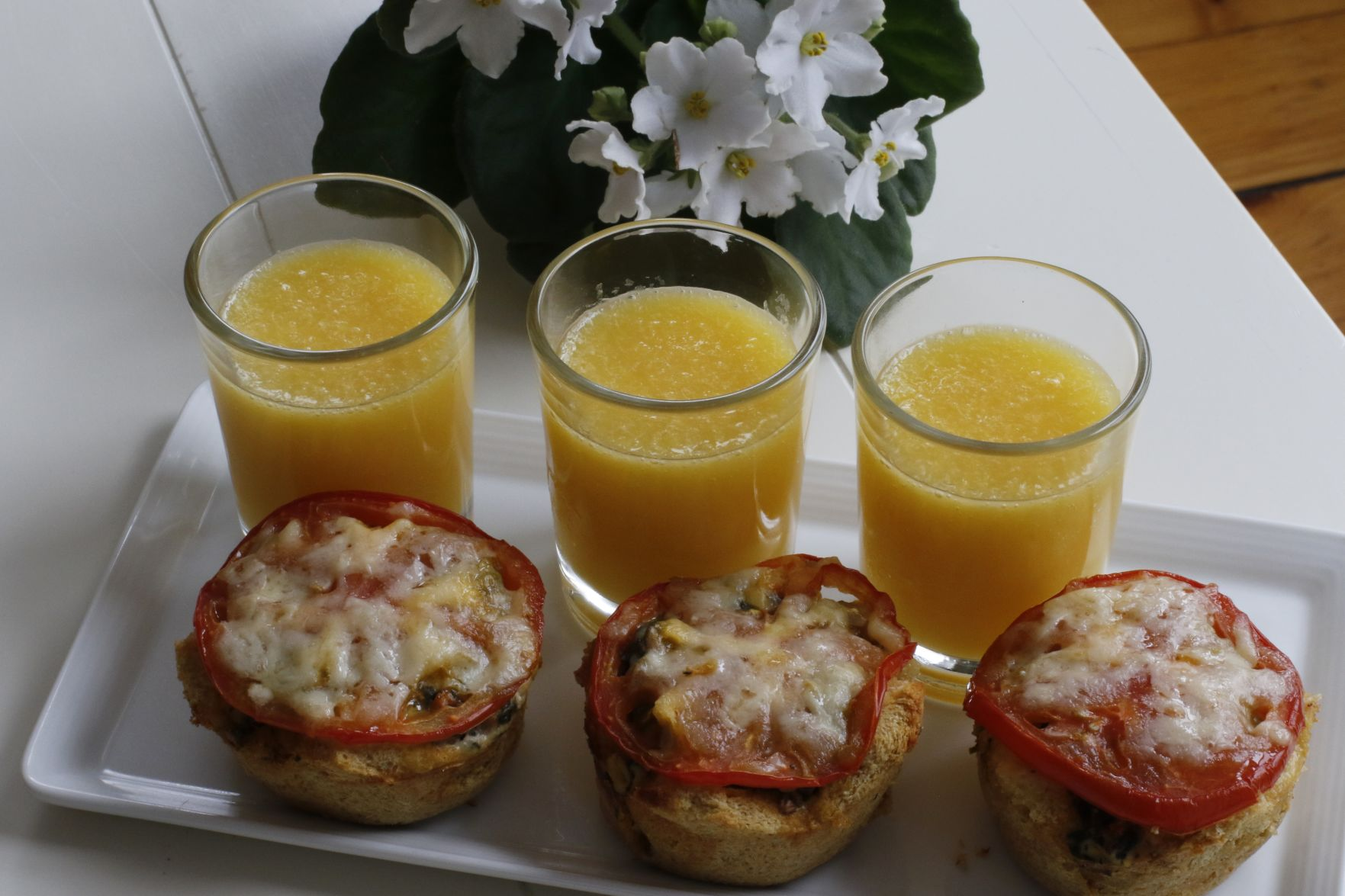 Tips For An Easy Healthy Breakfast In Bed For Mother S Day Life Arts Wvgazettemail Com