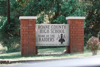 Roane County High School sign