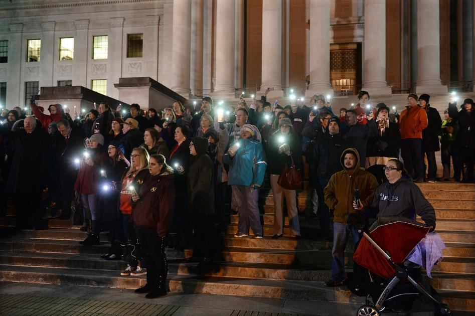 Vigil for education held on Capitol steps