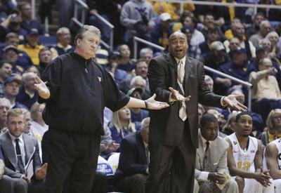 APTPOPIX Oklahoma West Virginia Basketball