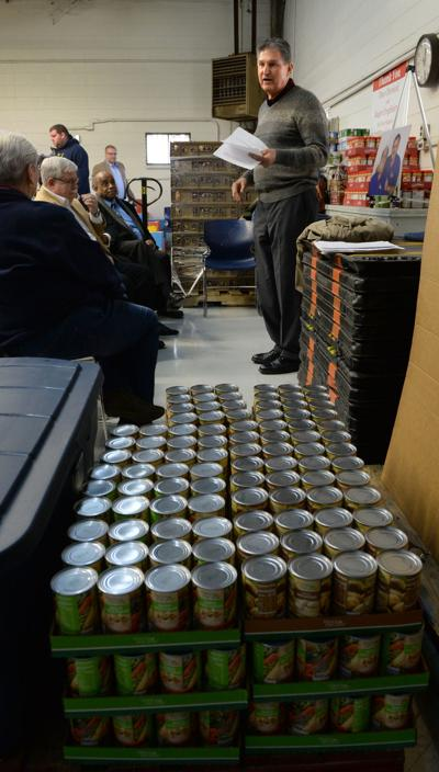 Joe Manchin at Food Bank