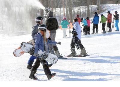 20200205-gm-flip-ski (copy)