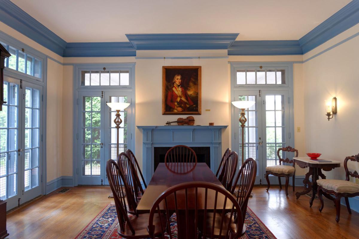 MacFarland-Hubbard House parlor