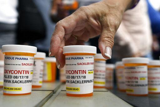 Doctors in five states charged with prescribing painkillers for cash