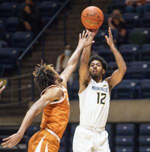 WVU begins 6-day, 3-game Texas trip
