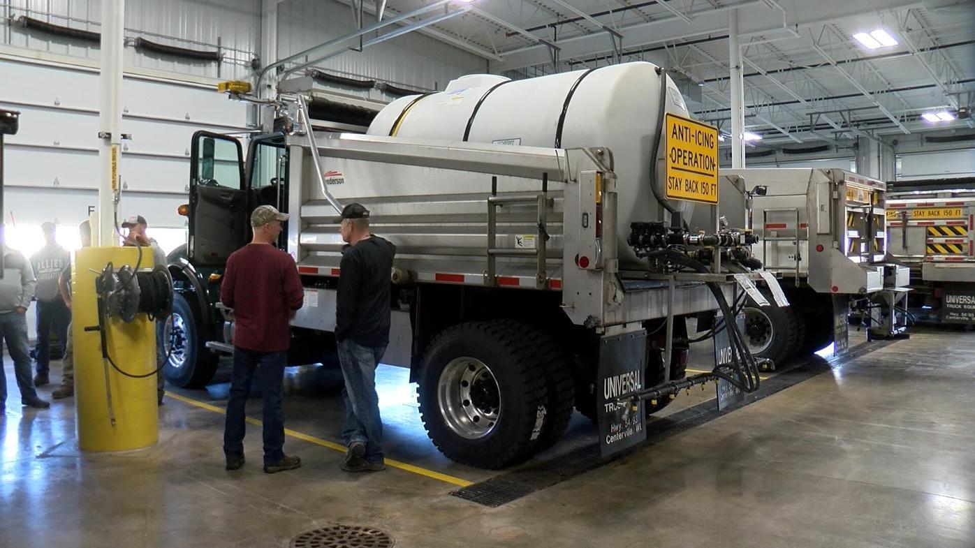 Salt brine truck 2