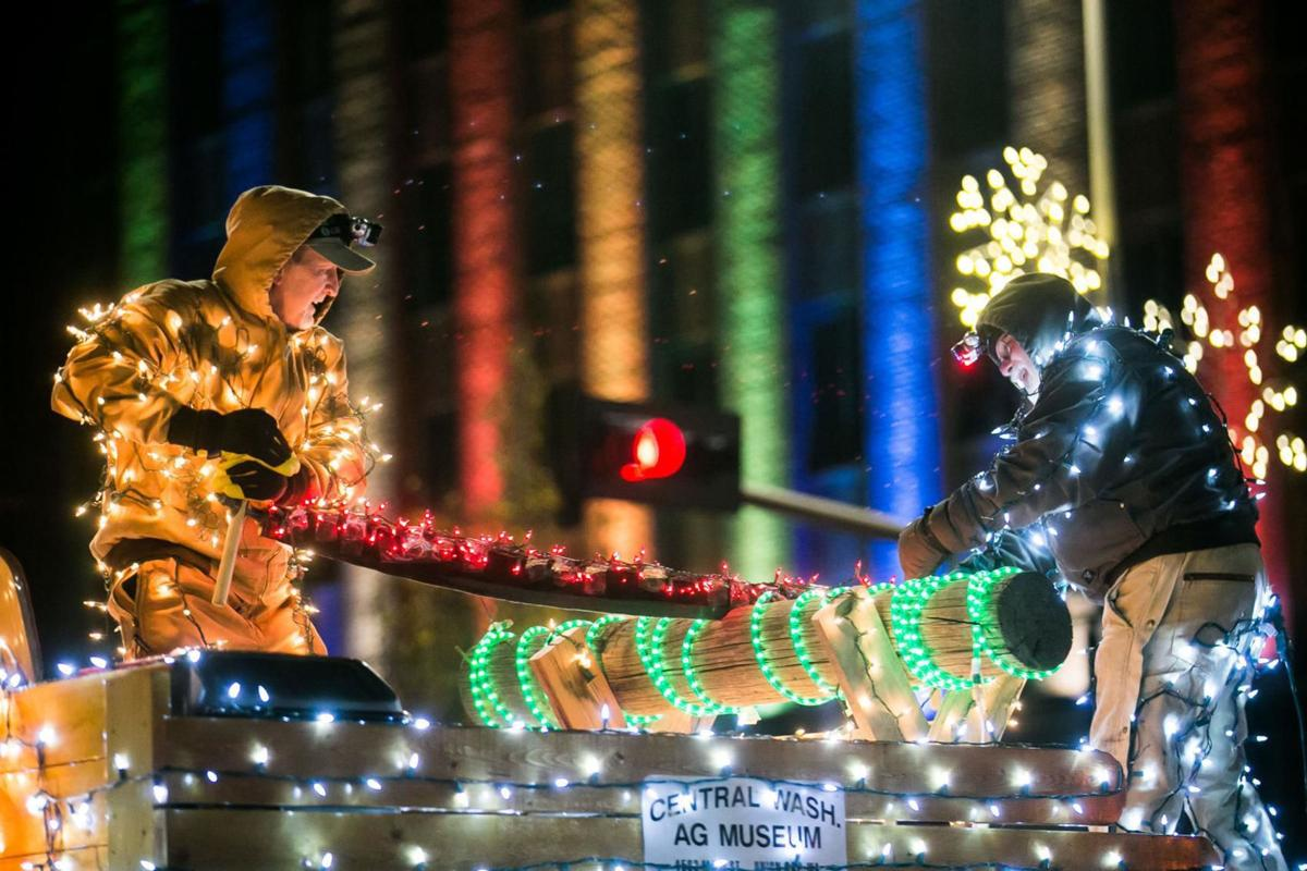 Yakima Christmas Parade 2020 Christmas parades, tree lightings planned this weekend in the
