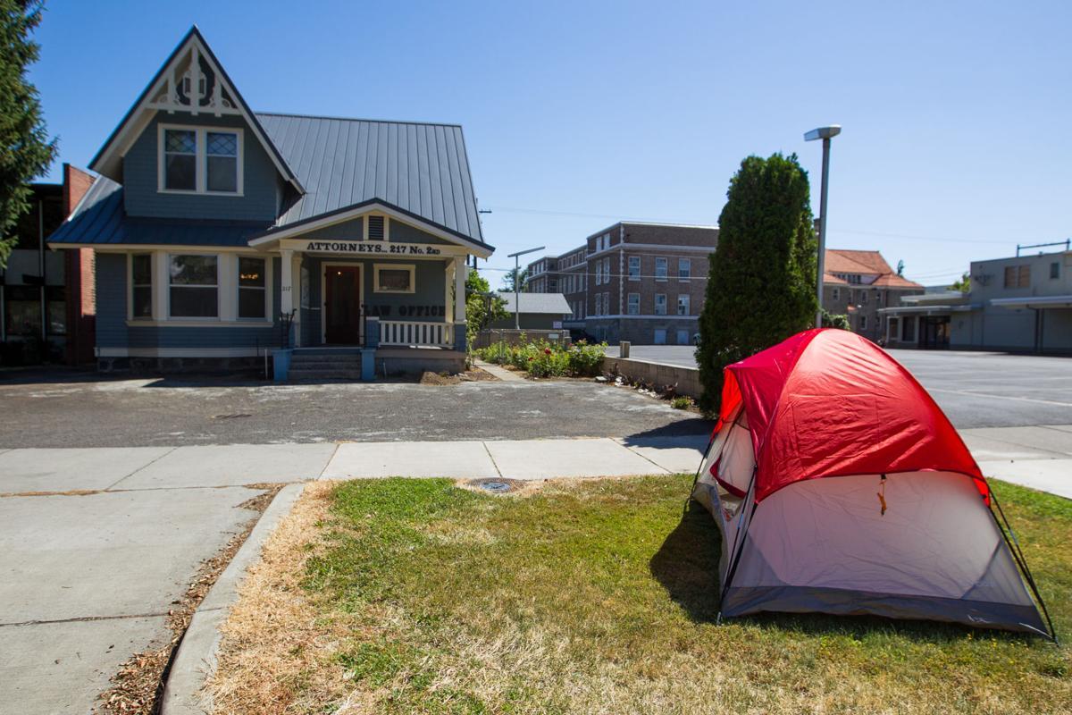 CampingOrdinanceProtest-YH-072116-1.jpg