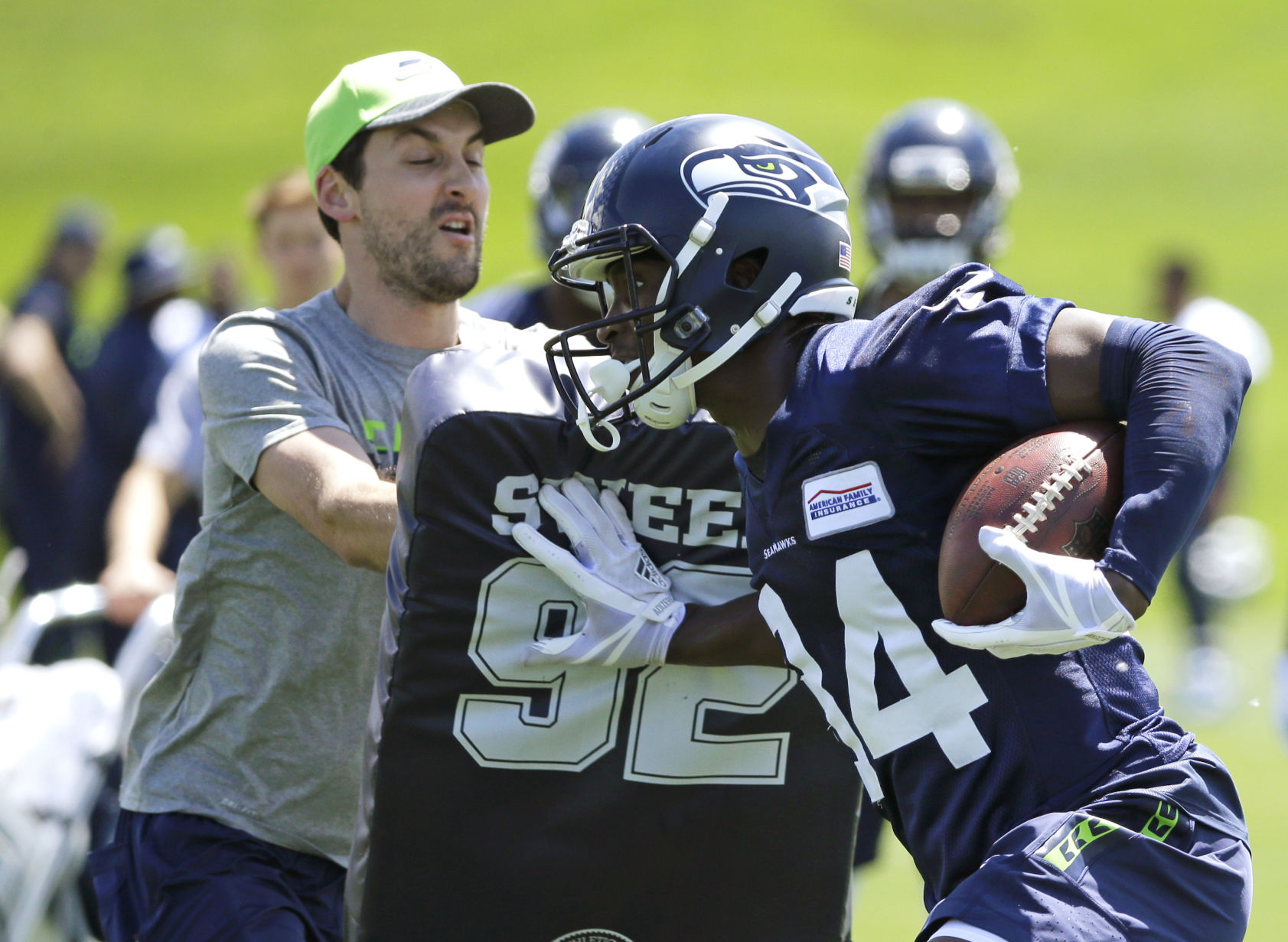 Seahawks prepare for final preseason game against Raiders