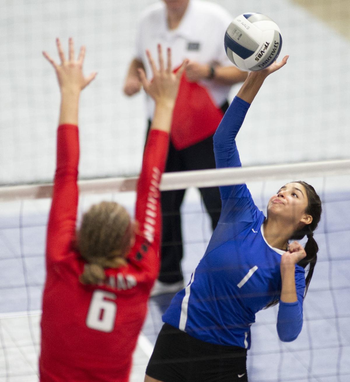 191116-yh-sports-vbh-1a-volleyball-2.jpg
