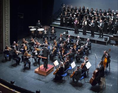 210107-yh-scene-symphonycolumn.jpg